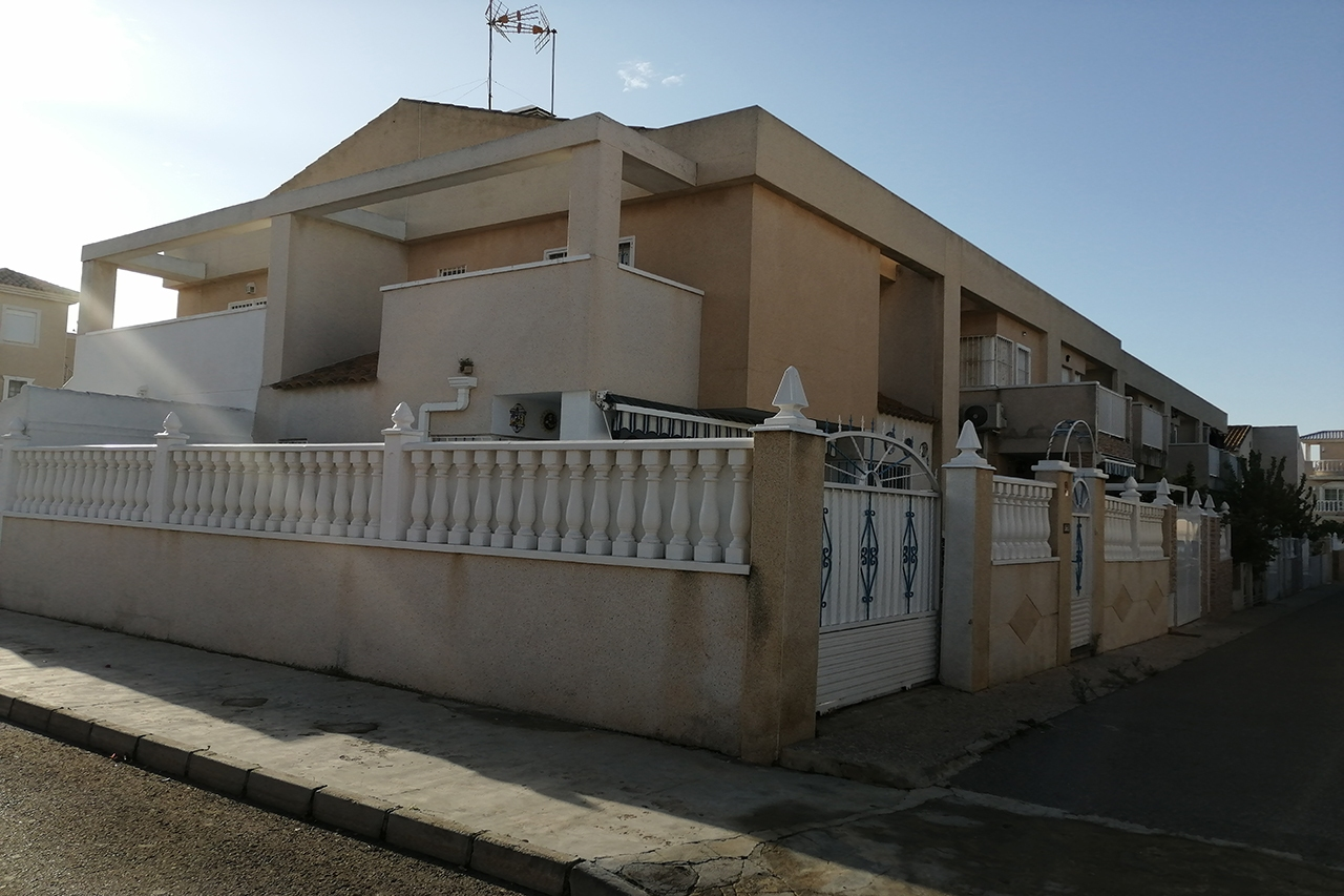 Townhouse for sale in RESIDENCIAL LOS OLIVOS, Torrevieja