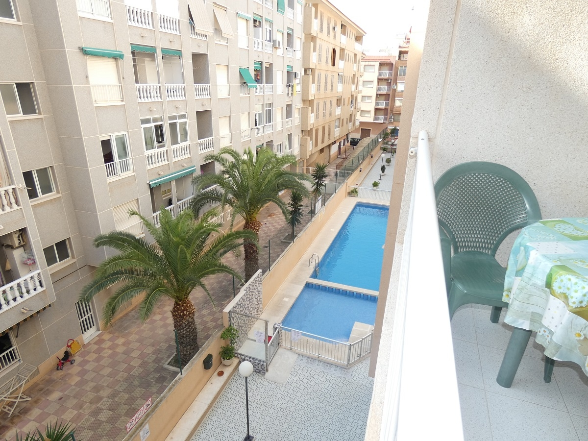 Apartment for sale in PLAYA DEL ACEQUIÓN, Torrevieja